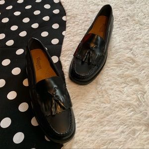 Bass weejuns black loafers size 7.5 slip on shoes